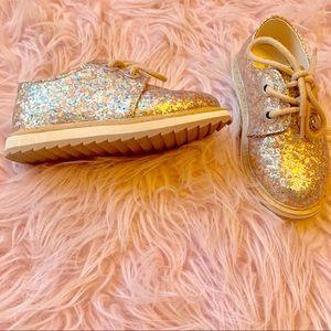 Adorable glitter shoes from Zara for toddler Girl